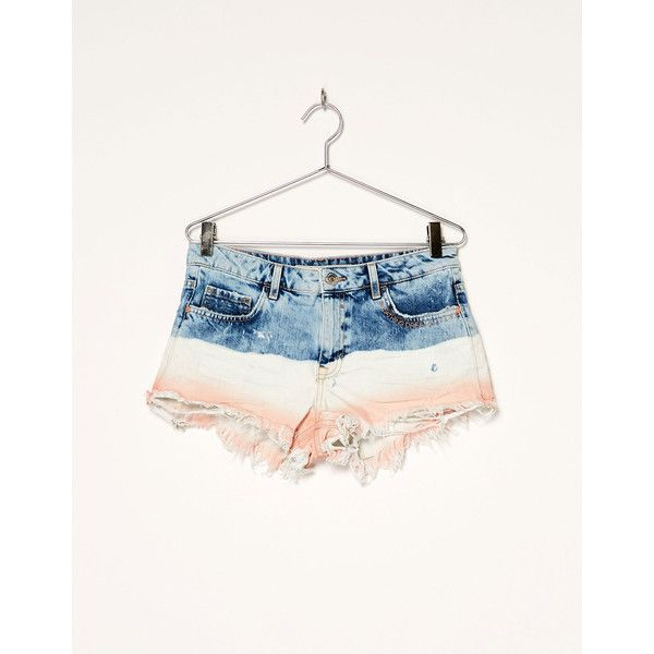 BSK deep dye denim shorts - Shorts - Bershka Israel ❤ liked on Polyvore featuring shorts, bershka, bershka shorts, denim shorts, short jean shorts and denim short shorts