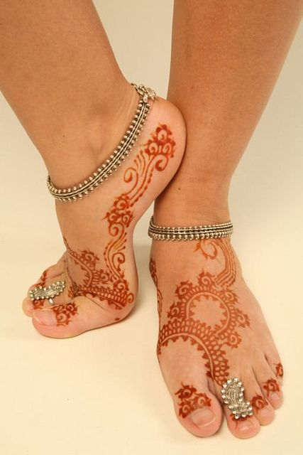 Feet Henna Tattoo Design Picture - 1