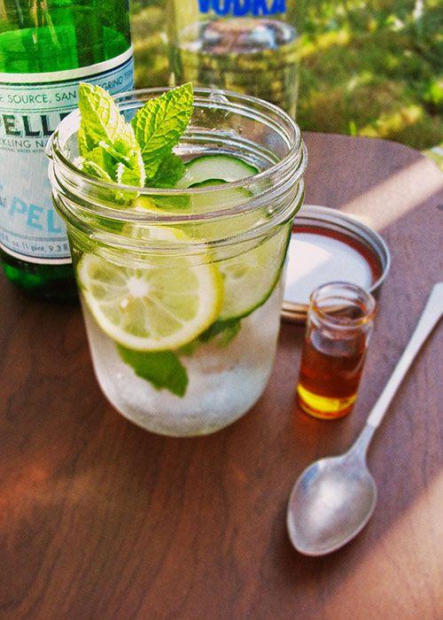 summer picnic drinks- cucumber lemon vodka (via design sponge)
