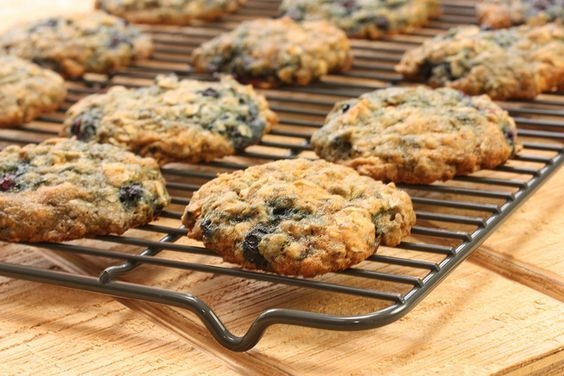 Chewy Blueberry Oatmeal Cookies by the Meal Makeover Moms