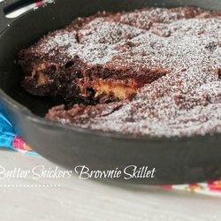 Peanut Butter Snickers Brownie Skillet | Stuff to Stuff | Pinterest