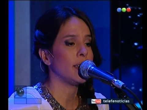 """Rosario Ortega canta """"Luminosidad"""" -Telefe Noticias"""
