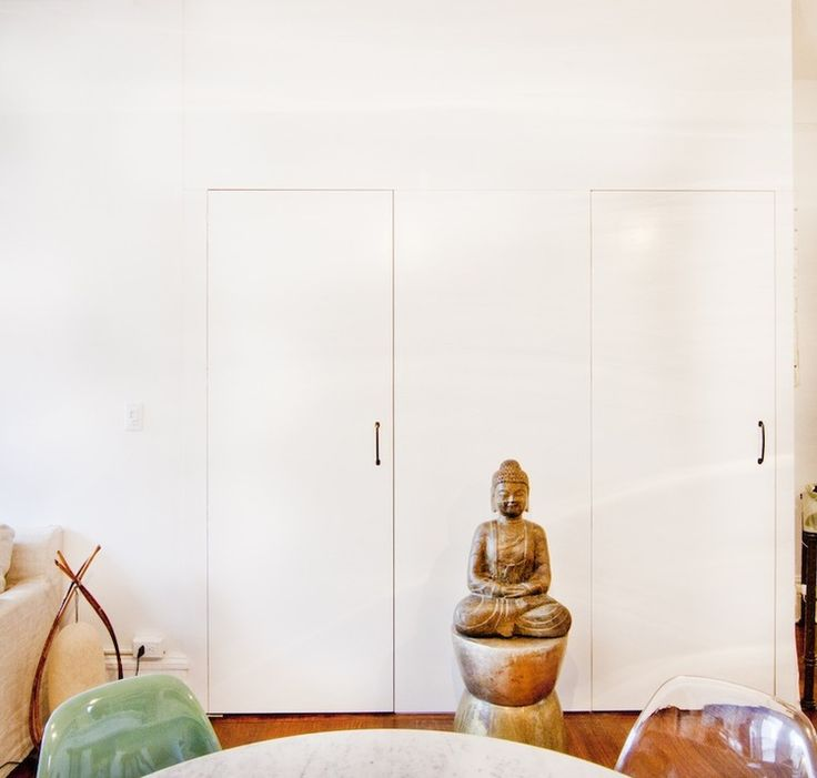 Bring more health, harmony, and happiness into your apartment with these nine easy Feng Shui tips from certified Feng Shui consultant Anjie Cho.