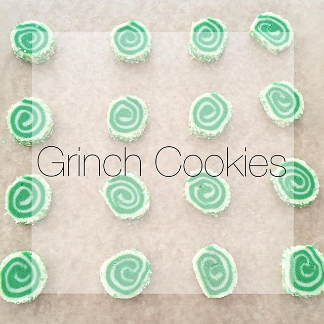 The best christmas cookie recipe #Christmascookies #cookies #recipes #deliciouscookies #cookierecipe #holidaytreat #christmastreat #delicious #grinchcookies