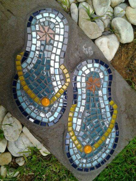 Flip flop stepping stones, great for your coastal retreat.