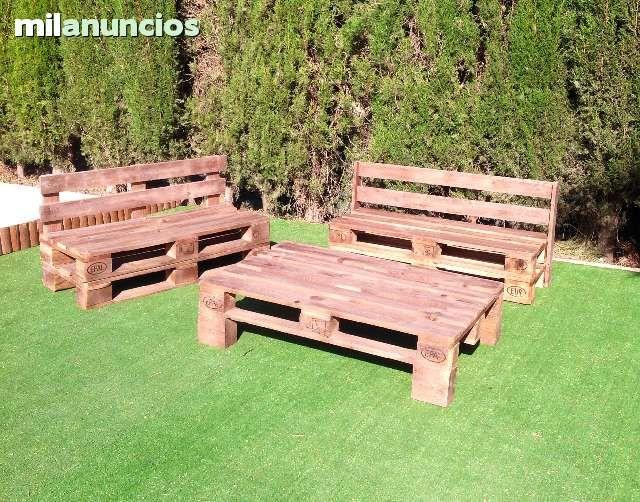 Muebles de palets. Te ayudamos a crear tu espacio de una forma original, utilizando madera que nos transmite paz, relax, confort... Decora tu zona exterior, jardín, piscina, terraza, chillout,, dandole un toque personal con nuestros sillones, mesas... mue
