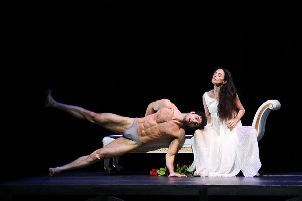 Duse coreografia John Neumeier con Alessandra Ferri