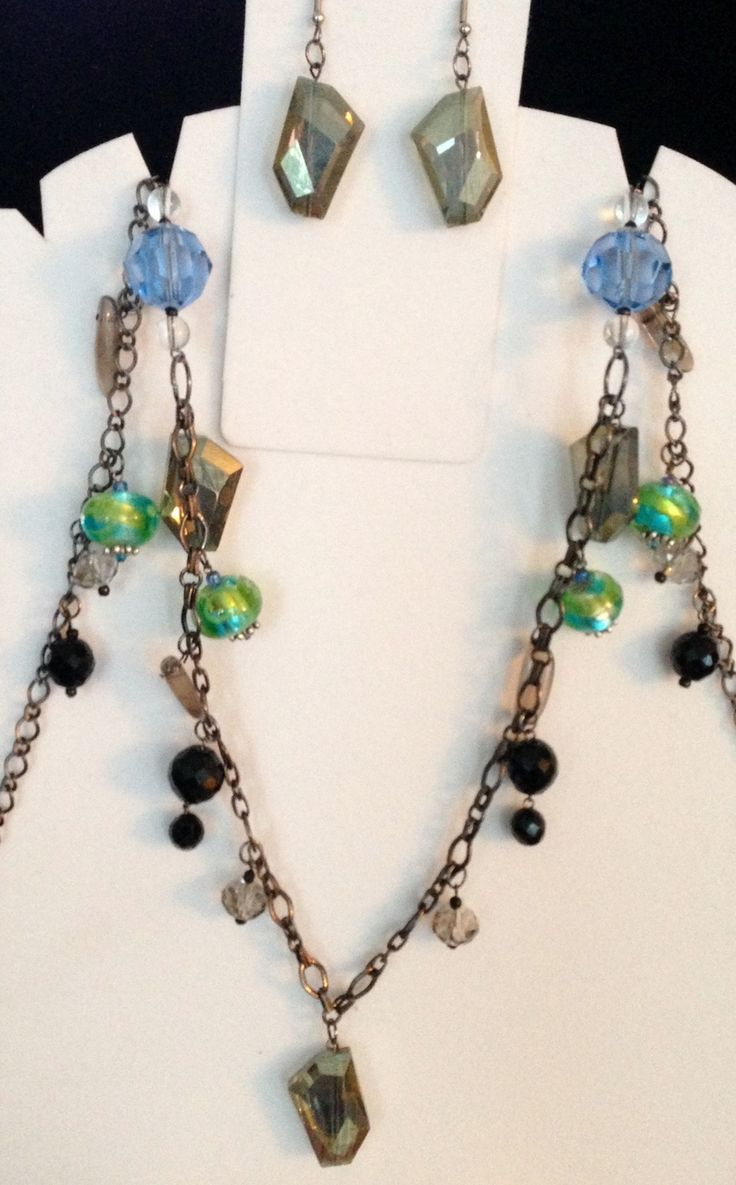 Jewelled Designs - mixed media necklace set, $75.00 (http://www.jewelleddesigns.com/mixed-media-necklace-set/)