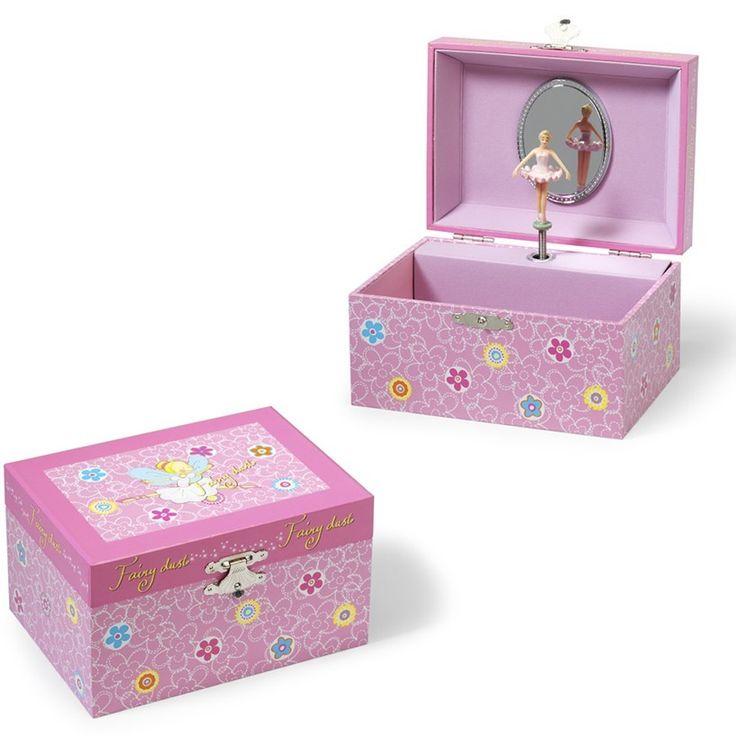 Als je het houten juwelendoosje opent dat danst er een ballerina en hoor je een mooi muziekje. Het Juwelendoosje is zeer geschikt om je eerste ringetjes en kettinkjes op te bergen. Afmetingen: 15 x 11,5 x 8,5cm Melodie: Romeo & Juliet - Juwelendoosje met muziek Ballerina Roze