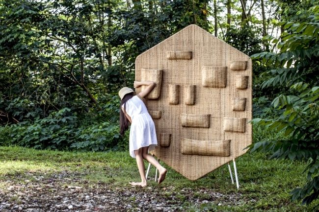 Asian rattan furniture – room divider Bilik and bench Bubu ...