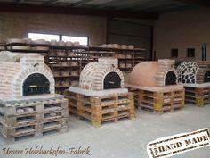Warum einen Holzbackofen aufwendig selber bauen… Wir verkaufen traumhafte Holzbacköfen in verschieden Ausführungen. Alle fertig isoliert – einfach aufstellen und backen.
