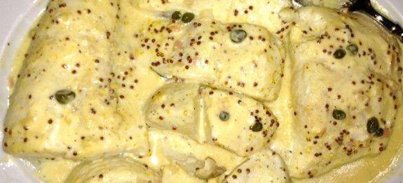 Voici une délicieuse recette de poisson plus précisément du flétan à la moutarde que vous pourrez accompagner de riz ou de pommes de terre, faites le choix pour une bonne dégustation de ce plat ! Ingrédients 2 filet de flétans 2 oignons 1 carotte 25 ml de vin blanc 25 ml d'eau 1 cac de …