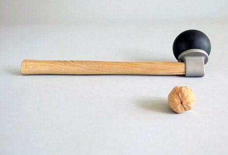 Nut Hammer by Roger Arquer   http://www.dezeen.com/2014/09/16/roger-arquer-nut-hammer-nutcracker-menu/
