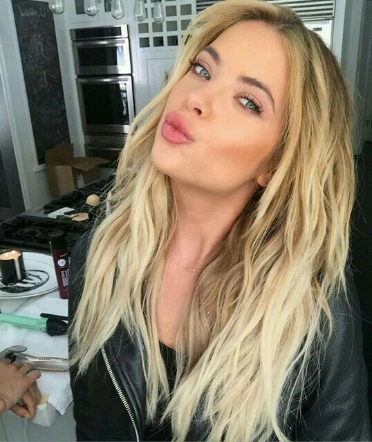 27 Best Ashley Benson Images On Pinterest Ashley Benson Ashley