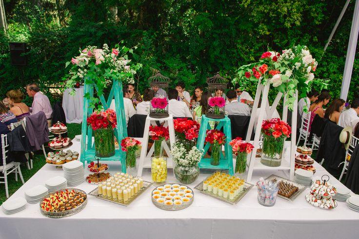 Hermoso Buffet de postres para matrimonio en Quillota.