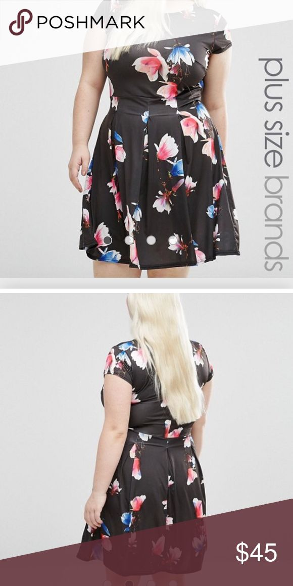 🎄Floral Print Skater Dress🎄Firm🎄 Brand New!! Only tried on!! I bought this off ASOS online ASOS Curve Dresses