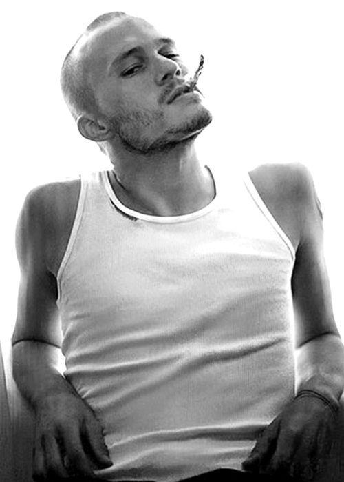 Heath Ledger. Gahhhh. *faints*