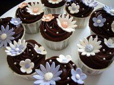 Αφράτα σοκολατένια cupcakes - gourmed.gr