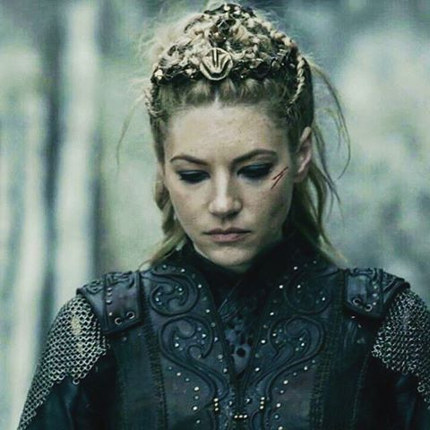 A F/F Vikings-era romance in the style of Vikings show on History channel.