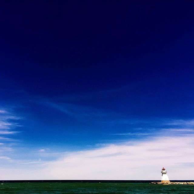 Happy National Lighthouse Day ⚓️ @44Nmedia