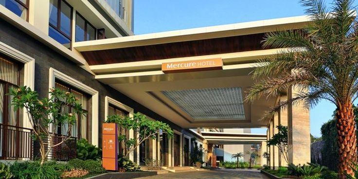 Mercure Ramaikan Persaingan Hotel di Bandung | 01/12/2014 | BANDUNG, KOMPAS.com - Jaringan hotel internasional, Accor Group, menambah portofolio hotelnya dengan membuka Mercure Bandung Setiabudi pada Sabtu (29/11/2014). Hotel baru ini dirancang sebanyak 205 kamar ... http://news.propertidata.com/mercure-ramaikan-persaingan-hotel-di-bandung/ #properti #hotel #desain #singapura #bandung