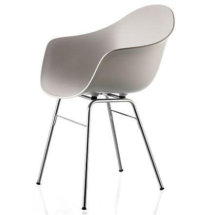 Liva armstol - Grå Moderne og nutidig spisebordsstol med cromfarvet stel