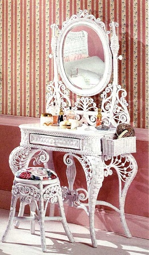 1373 Best Images About Antique Vanity And Dresser Sets On