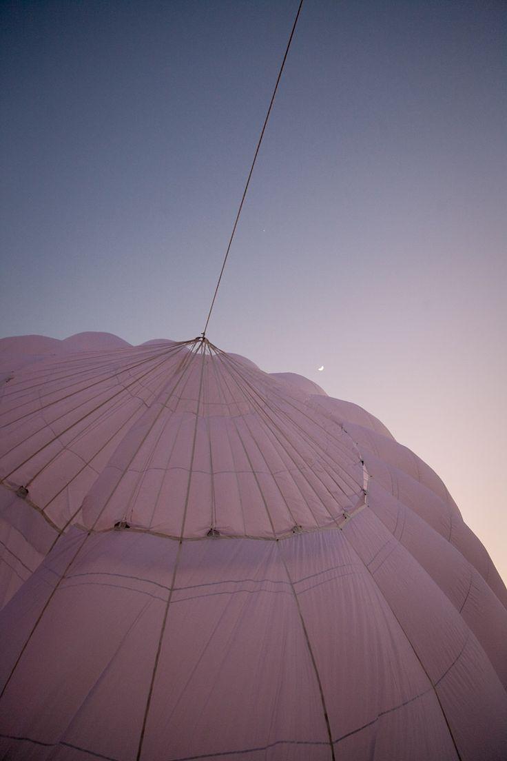 inflation during sunrise  #globalballooning #melbourne #yarravalley #seeaustralia #visitvictoria #ballooning #balloonflights #ballooning #bucketlist #proposal #victoria #australia #gift #present #romantic #romance #views #wedding #serenity #sunrise #travelling #weather