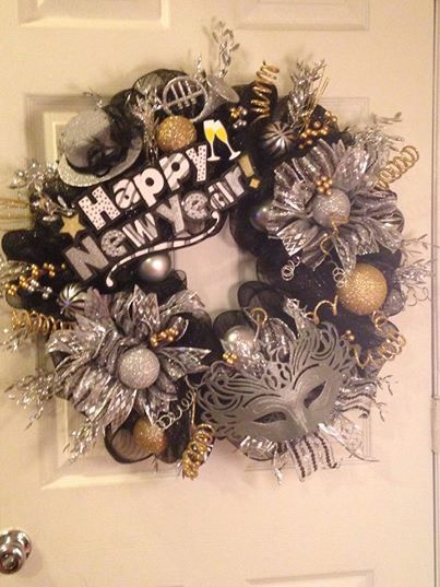 New Years Eve wreath! One of a kind handmade wreath! Visit http://www.facebook.com/lindascraftcornerpa