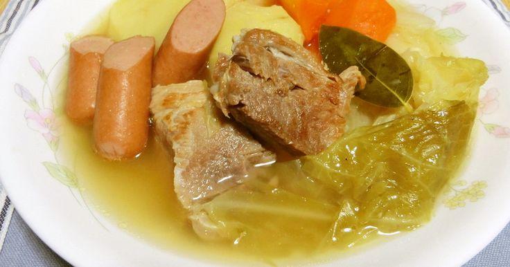 豚の塊肉のボリュウムとほくほくのじゃがいも、肉と野菜の旨味たっぷりのスープが贅沢過ぎます(*^_^*)寒い季節に温まる♥