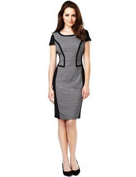 M Contour dress. A smart dress which will create an illusion of curves if there are none there already. Very flattering