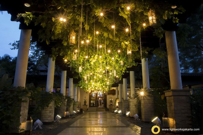 Magical Aisle for Oki Kawan and Karina D. Chandra's Wedding Reception Venue at Ceria Room, Shangri-La Hotel Decoration by Vica Decoration Lighting by Lightworks  www.lightworksjakarta.com