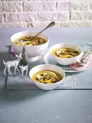 Das Rezept für Butternusskürbis-Suppe mit Hähnchenstreifen und weitere kostenlose Rezepte auf LECKER.de