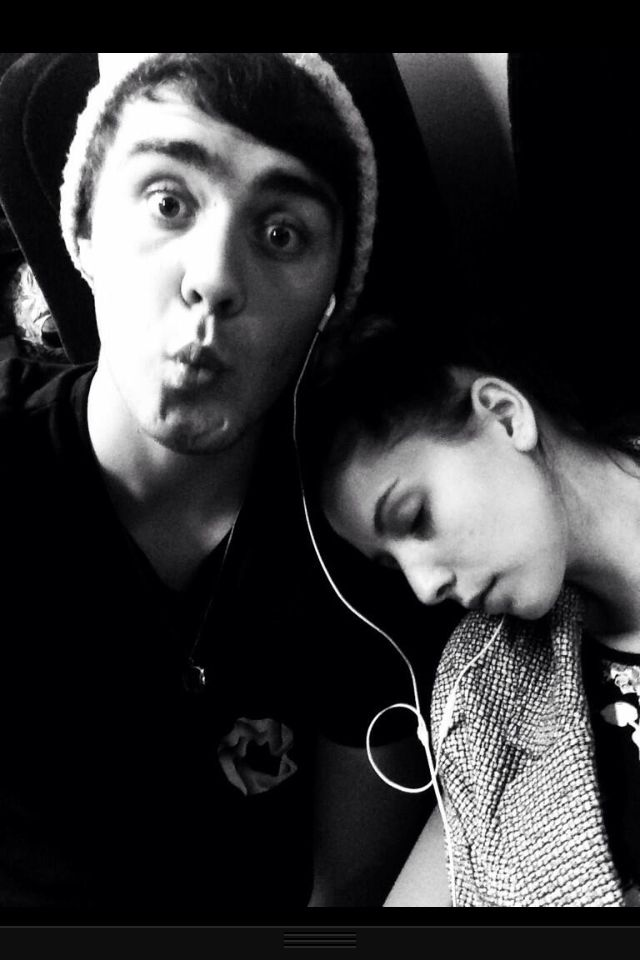 Please can Zalfie be real? It;s scary how invested I am in this friendship