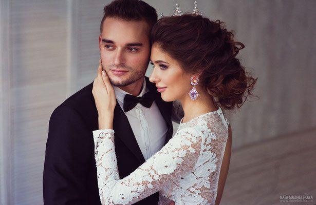 http://www.morefotok.com/2015/04/19/свадебная-фотосессия-в-студии/