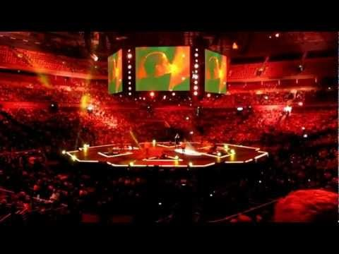Paradise - Coldplay cover - Jad Gillies - Hillsong Conference 2012