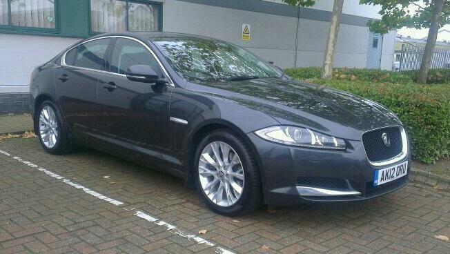 Jaguar XF Luxury...