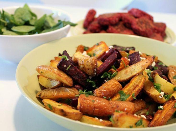 Ovnbagte rodfrugter med feta, hasselnød og persille via http://carrotstick.dk