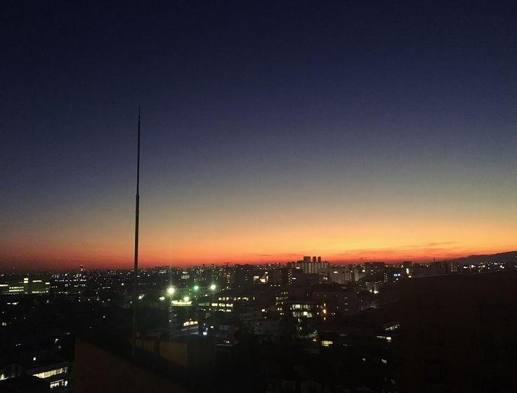 . The sunset will bring new day . . . #夕方 #夕日 #夕陽 #夕焼け #青空 #空 #いまそら #イマソラ #天気 #雲 #今日の空 #ファインダー越しの私の世界 #sky #skyblue #skyporn #sunset #sunsets #sunset_pics #instasky #instasunset #instasunsets #myview