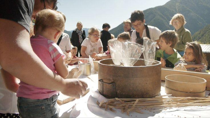 Il laboratorio di panificazione a Saint-Rhémy-en-Bosse. Preparare il #pane in un piccolo villaggio di montagna e in un antico forno.