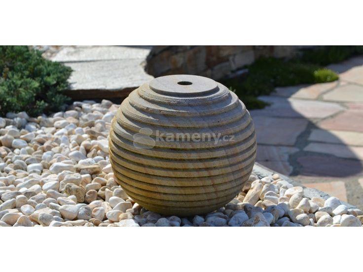 Fontána pískovcová koule - hladá je vyrobena z indického křemičitého…