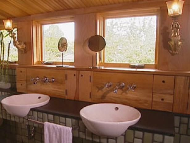 Get five easy tips on greening your bathroom, from organic linens to water-saving fixtures.
