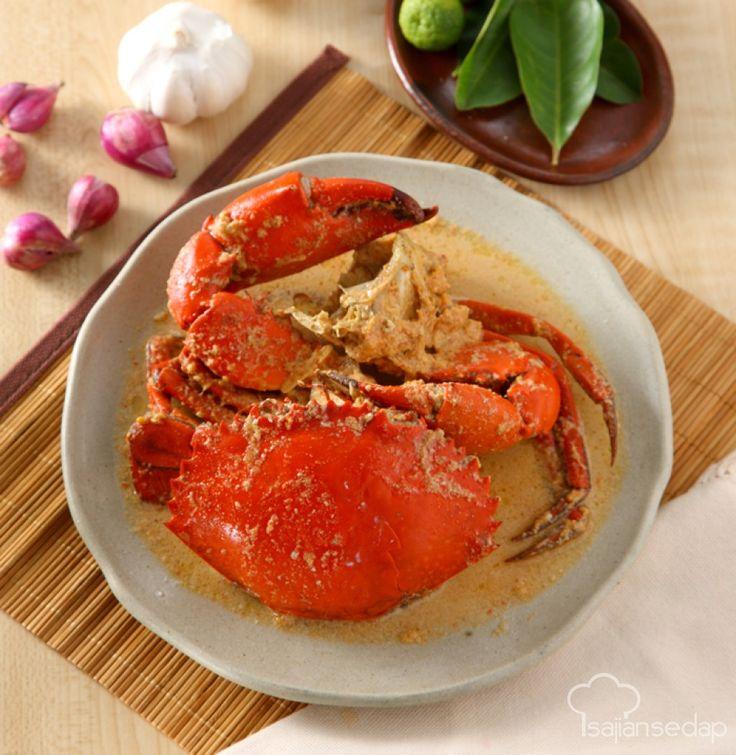 Ingin menyajikan menu makan malam yang istimewa? Yuk coba buat Kepiting Masak SRasa gurih santan meresap hingga ke dalam daging kepiting. Menu super lezat ini layak jadi hidangan makan malam istimewa.