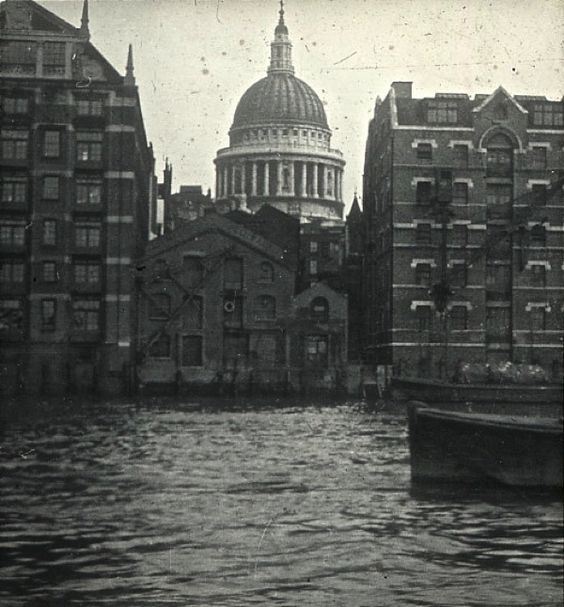 St Paul's Cathedral from Bankside, c. 1920 / Old London