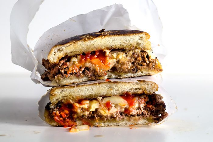 Srira-chopped cheeseburger -The recipe is for 1 burger only, so you can double or triple it according to your needs.