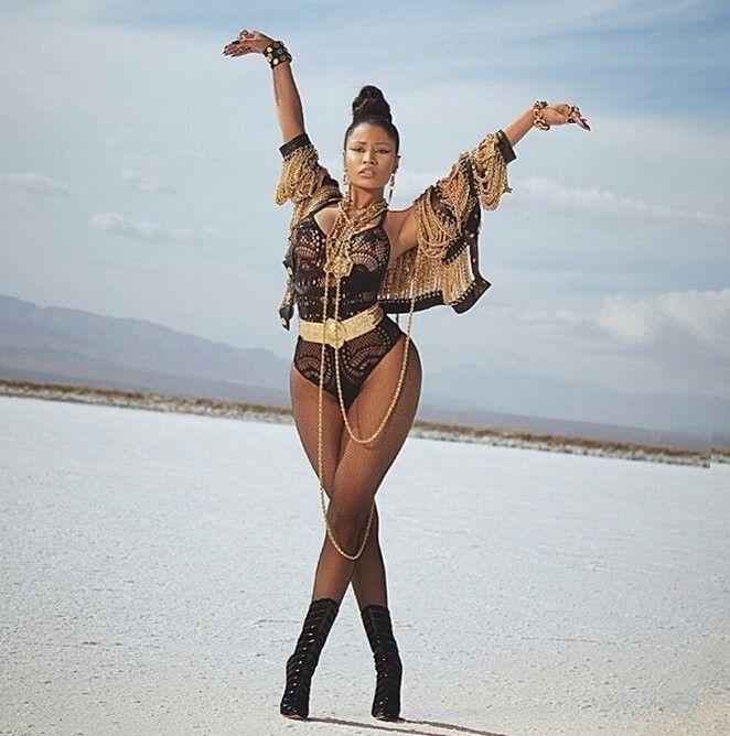 Nicki Minaj on set for her Video for Lookin A** Ni**a - #2014 #Nicki #Minaj #NickiMinaj #LookinAssNigga #video #woman #fashion #TeamMinaj #ThePinkPrint
