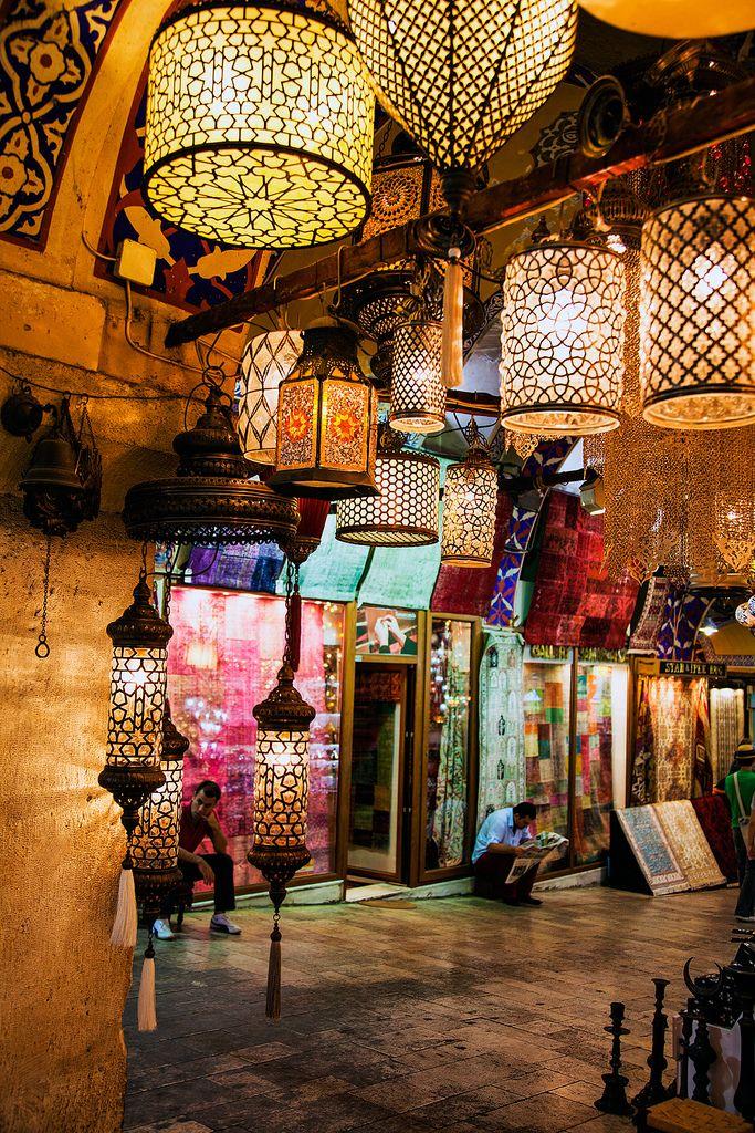 Grand Bazaar - Istanbul - Turkey (von John & Tina Reid)