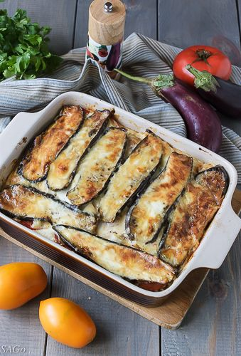 Продолжаем потреблять баклажаны с завидным постоянством! В моей семье этот овощ очень любят. Сегодня на повестке дня блюдо греческой кухни — мусака. Каждая хозяйка готовит его по-своему, неизменным п…