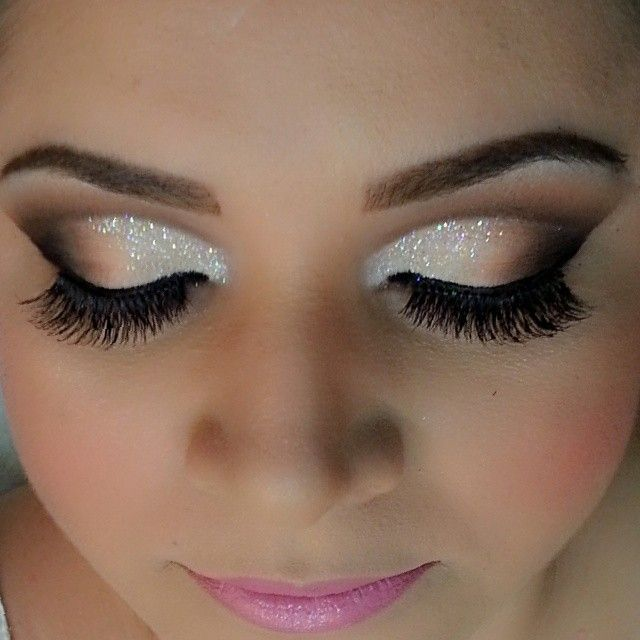 Beautiful eye make-up with neutrals and sparkles.