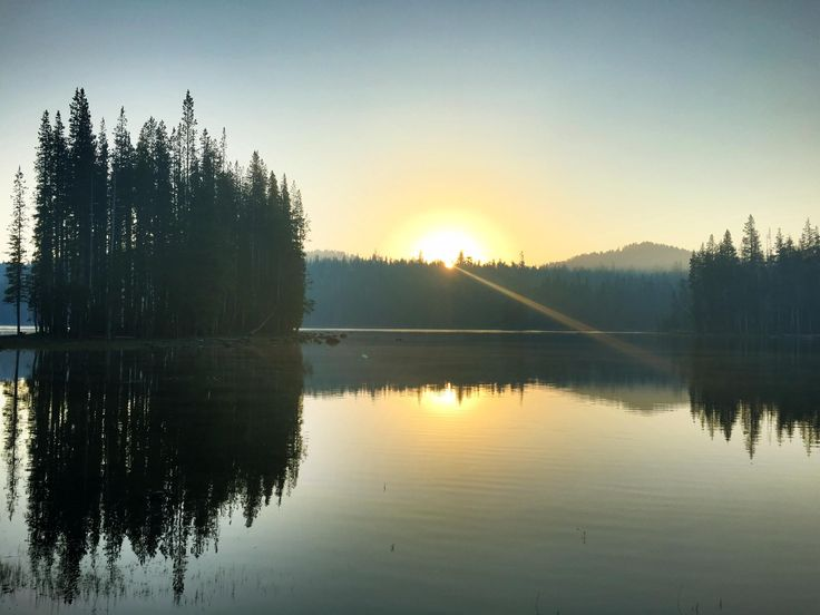 Sunrise at Long Lake in the Caribou Wilderness CA [OC] [2049  1537]